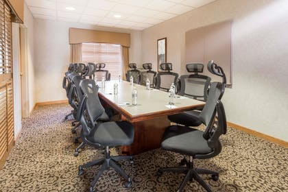 Meeting Facility | Wingate by Wyndham Joliet