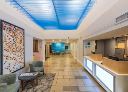 Lobby | Holiday Inn Express & Suites Brentwood North-Nashville Area