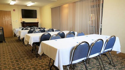 Meeting Facility   Comfort Inn & Suites Wilkes Barre - Arena