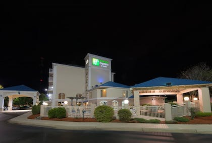 Exterior | Holiday Inn Express Hotel & Suites Asheville-Biltmore Square