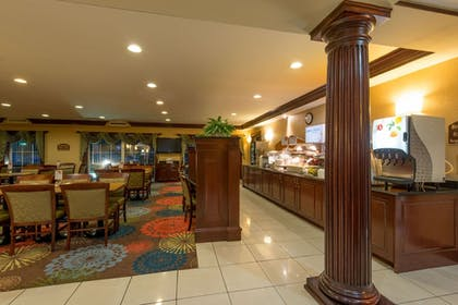 Restaurant | Holiday Inn Express Hotel & Suites Asheville-Biltmore Square