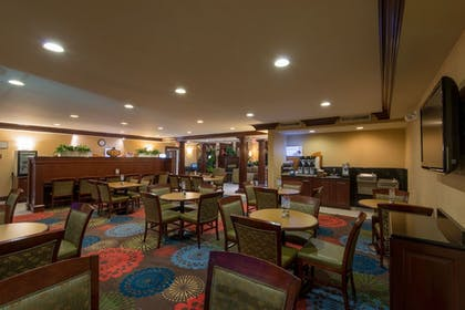 Hotel Interior | Holiday Inn Express Hotel & Suites Asheville-Biltmore Square