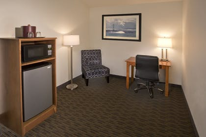 Guestroom | The INN at Gig Harbor