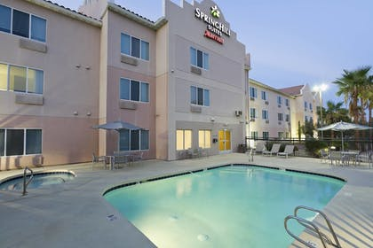 Outdoor Pool | SpringHill Suites Phoenix North