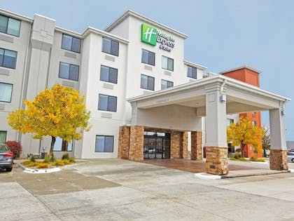 Featured Image | Holiday Inn Express & Suites Norfolk