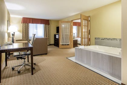 Room Amenity | Comfort Suites Wisconsin Dells Area