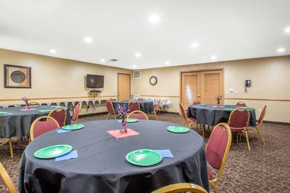 Meeting Facility | Comfort Suites Wisconsin Dells Area