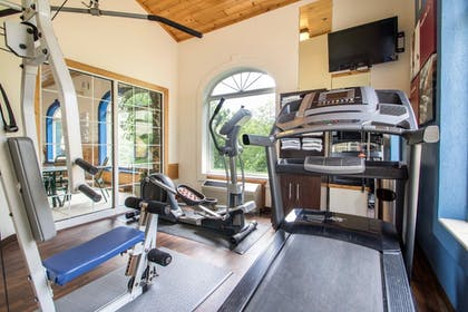Fitness Facility | Comfort Suites Wisconsin Dells Area