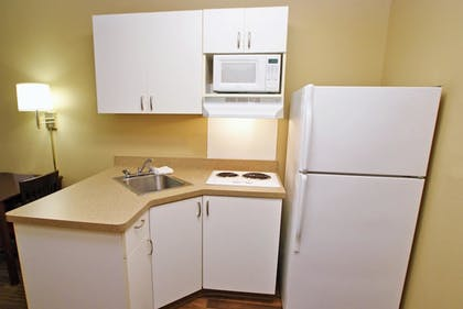 In-Room Kitchen | Extended Stay America Champaign - Urbana
