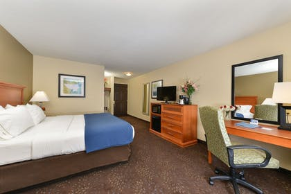 Guestroom | Holiday Inn Express St Paul S - Inver Grove Hgts
