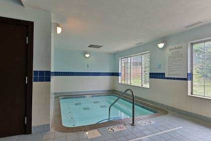 Pool | Holiday Inn Express St Paul S - Inver Grove Hgts