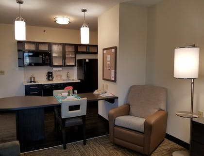 In-Room Kitchen   Candlewood Suites East Syracuse - Carrier Circle