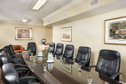 Meeting Facility | Ayres Suites Ontario at the Mills Mall