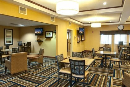 Breakfast Area | Holiday Inn Express Hotel & Suites Canyon