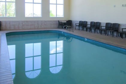 Pool | Comfort Inn & Suites