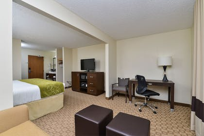 Guestroom | Comfort Suites At Tucson Mall