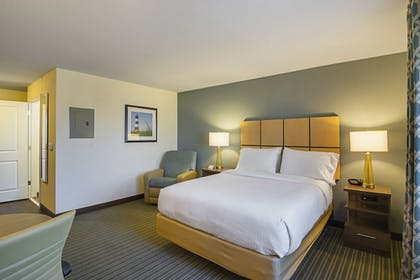 Guestroom | Candlewood Suites Pensacola - University Area