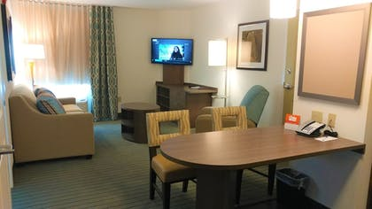 Living Area | Candlewood Suites Pensacola - University Area