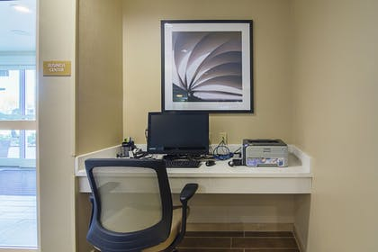 Business Center | Candlewood Suites Pensacola - University Area