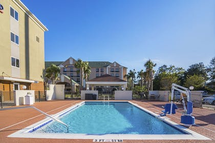 Pool | Candlewood Suites Pensacola - University Area