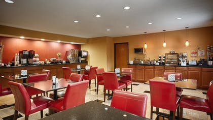 Breakfast Area | Best Western Shippensburg Hotel