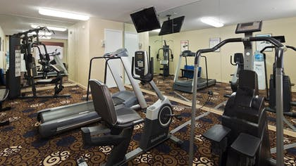 Fitness Facility | Best Western Deer Park Inn & Suites