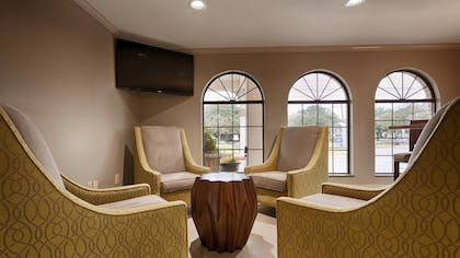 Lobby | Best Western Deer Park Inn & Suites
