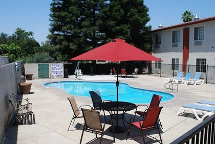 Terrace/Patio | Quality Inn & Suites