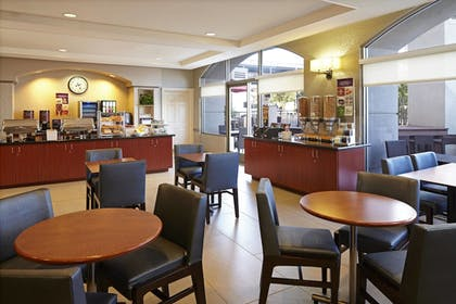 Restaurant | Residence Inn by Marriott Beverly Hills