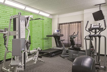 Fitness Facility | La Quinta Inn & Suites by Wyndham Ontario Airport