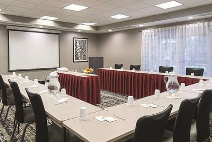 Meeting Facility | La Quinta Inn & Suites by Wyndham Ontario Airport