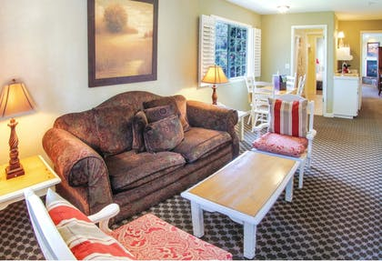 Living Area | Cambria Pines Lodge