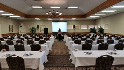 Meeting Facility | Cambria Pines Lodge