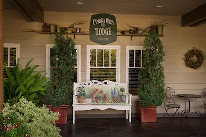 Exterior detail | Cambria Pines Lodge