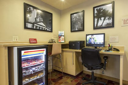 Business Center | TownePlace Suites by Marriott Tallahassee N Capital Circle