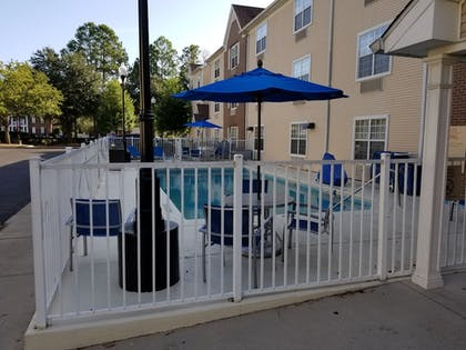 Pool | TownePlace Suites by Marriott Tallahassee N Capital Circle