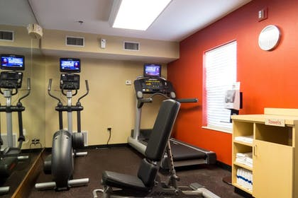 Sports Facility | TownePlace Suites by Marriott Tallahassee N Capital Circle