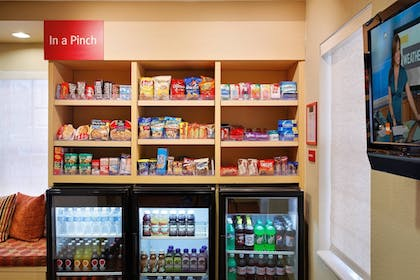 Snack Bar | TownePlace Suites by Marriott Tallahassee N Capital Circle