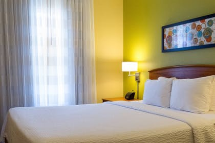 Guestroom | TownePlace Suites by Marriott Tallahassee N Capital Circle