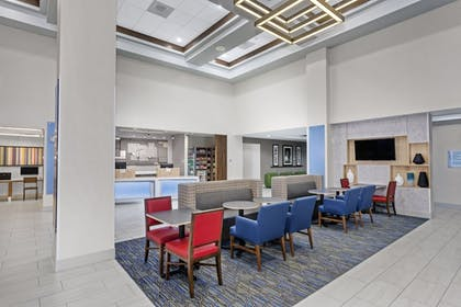 Lobby | Holiday Inn Express Hotel & Suites South Portland