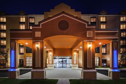 Exterior | Holiday Inn Express Hotel & Suites South Portland