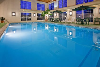 Pool | Holiday Inn Express Grand Rapids SW
