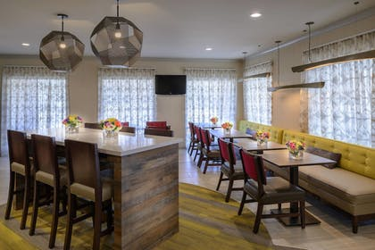 Dining | SpringHill Suites by Marriott St. Louis Chesterfield
