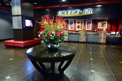 Lobby | Eastside Cannery Casino & Hotel