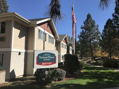 Property Grounds | TownePlace Suites Bend Near Mt. Bachelor