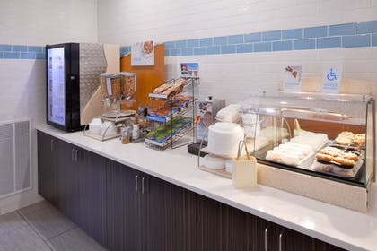 Breakfast buffet | Holiday Inn Express & Suites Sioux Falls At Empire Mall