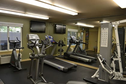Fitness Facility | Larkspur Landing Bellevue - An All-Suite Hotel