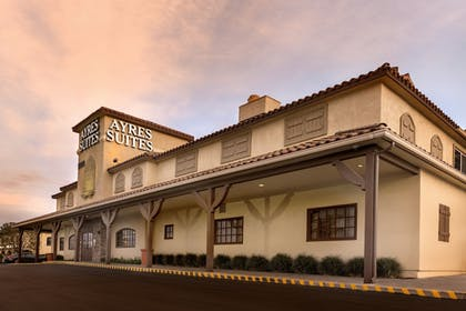 Featured Image | Ayres Lodge & Suites Corona West