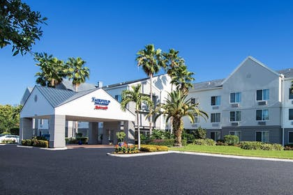 Exterior | Fairfield Inn & Suites by Marriott Ft. Myers/Cape Coral