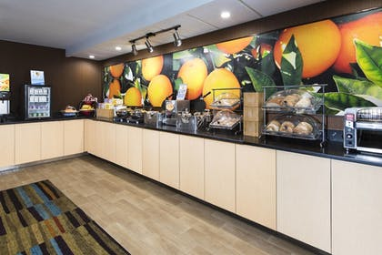 Restaurant | Fairfield Inn & Suites by Marriott Ft. Myers/Cape Coral